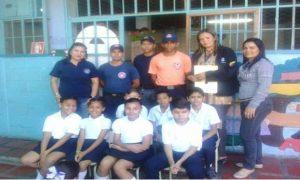 escuela mercedes rojas de perez en guárico  junto a proteccion civil