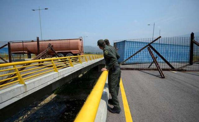 Puente Tienditas