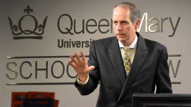 Lee Buchheit, asesor estratégico de Juan Guaidó