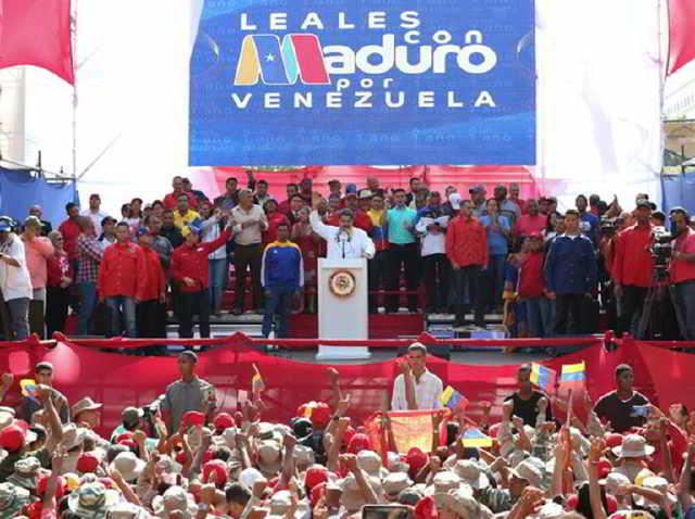Maduro propone adelantar elecciones legislativas para salir de crisis