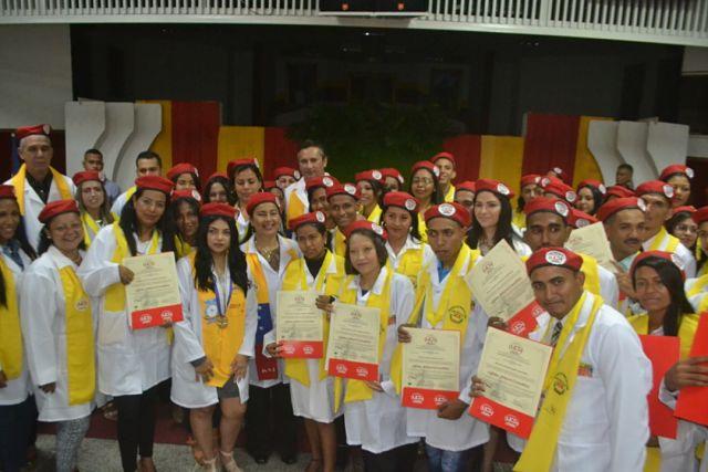 medicos se graduan en guárico