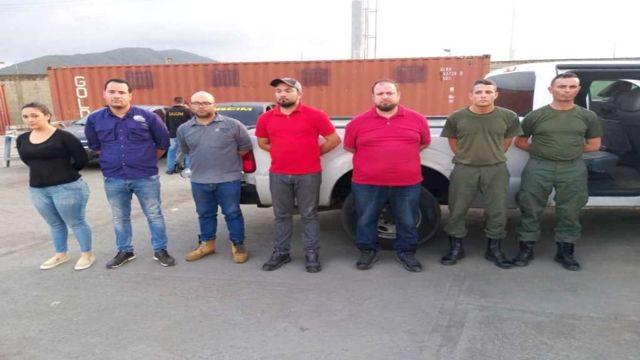 Detenidos por tráfico de combustible.