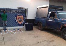 Los hombres fueron detenidos por los agentes de la PNB y fueron puestos a las órdenes de la Fiscalía.