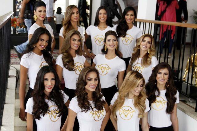 Grupo de las candidatas del evento.