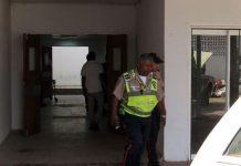 Vecinos aseguraron que el hospital de Pariaguán carece de ambulancias.