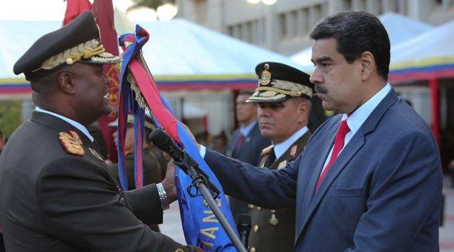 Maduro le otorgó el nuevo cargo a Suárez Chourio en Fuerte Tiuna.