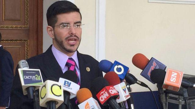 Diputado Jesús Yánez.