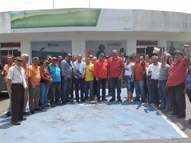 HUNG PETROLEUM EN ALIANZA CON BOLIVIGIA ENTREGARAN SULFATO DE CALCIO