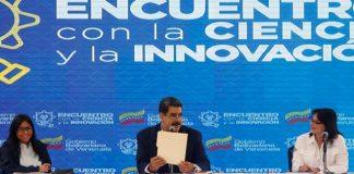 Maduro durante encuentro con cintíficos e innovadores.