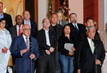 Jorge Rodríguez habló en nombre del Ejecutivo al culminar la reunión.