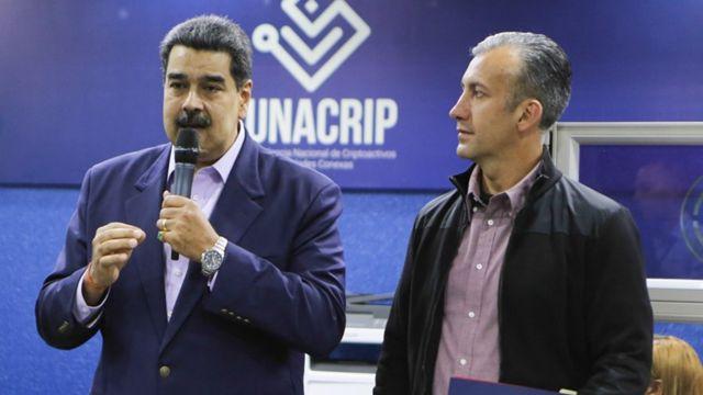 MAduro y El Aissami anunciaron la activación de taquillas para transacciones en Petro.