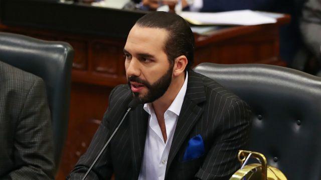El Salvador ordenó expulsión de diplomáticos venezolanos.