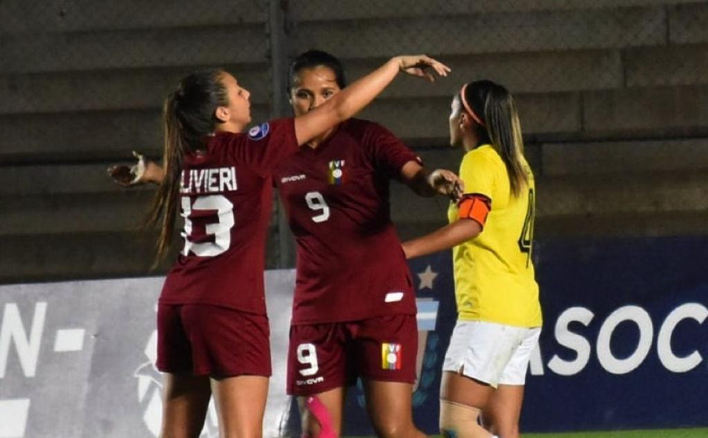 Venezuela goleó a Ecuador en el Sudamericano Femenino.