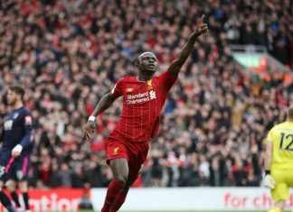 Liverpool vence a Bournemouth