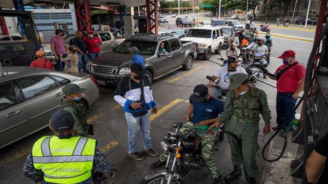 Suministro de gasolina en Caracas