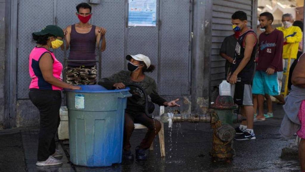 OVSP: Fallas en agua, luz y gas afectan rutinas de los venezolanos