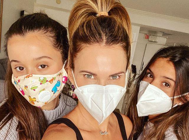 Camila Canabal y sus hijas