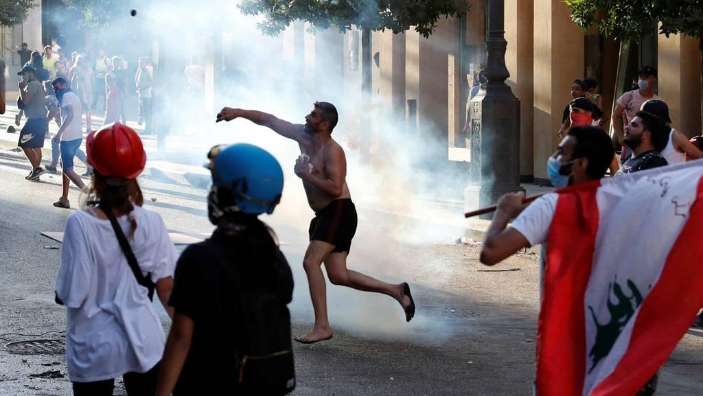 Gobierno de Líbano renuncia a plenitud