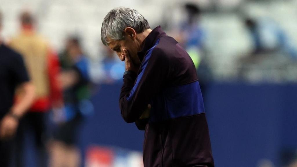 El FC Barcelona destituye a Quique Setién