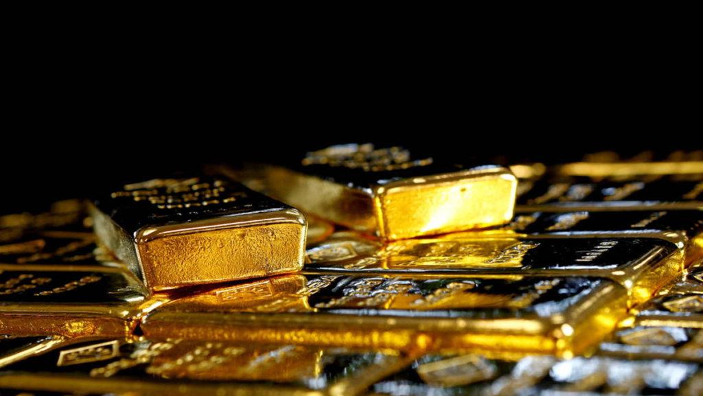 Bancos centrales venden oro