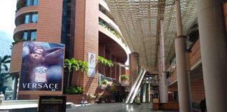Centros comerciales adelantarán el Black Friday