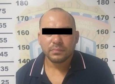 Keni José Contreras Hernández