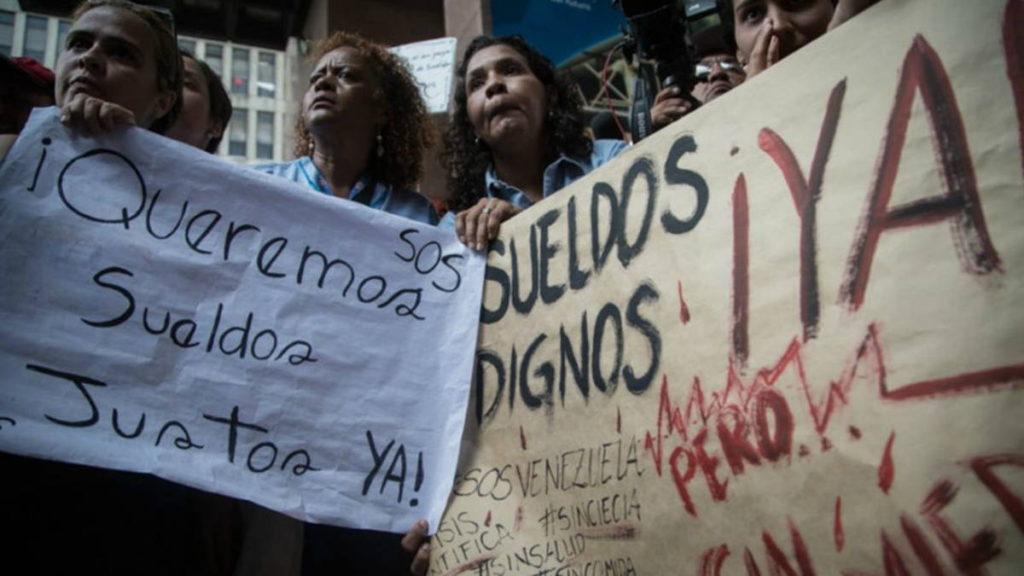 Trabajadores y pensionados seguirán en protesta por salarios justos