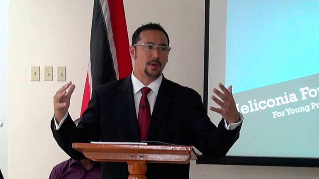 Ministro de la Fiscalía General y Asuntos Legales de Trinidad y Tobago, Stuart Young.